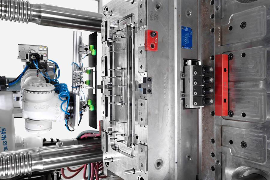 Hochwertige Kunststoffproduktion aus der Schweiz